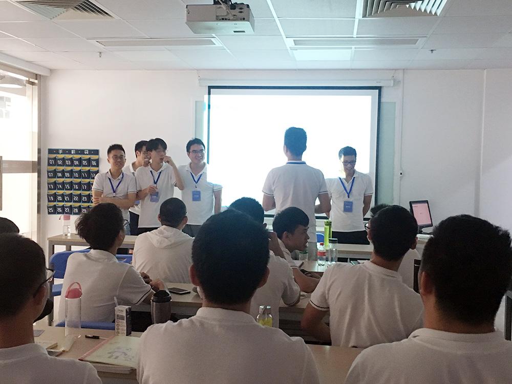 广东陆丰的北大青鸟学校告诉了我C和C++的区别
